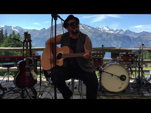 Marc Amacher, Gompm Alm Bier und Almfest 2017, Stop Children whats that sound (Buffalo Springfield)