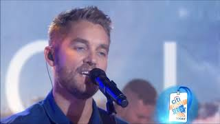"Brett Young sings ""Ticket to LA"" Live 2018 Concert HD 1080p"
