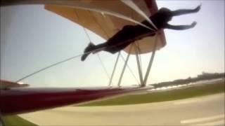 "John Foxx and the Maths ""Vapour Trails"""