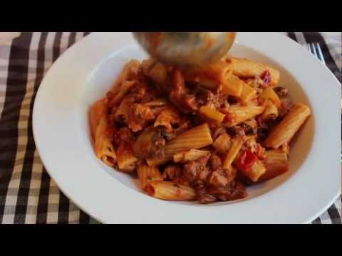 Chicken Riggies – Rigatoni with Spicy Chicken Tomato Cream Sauce