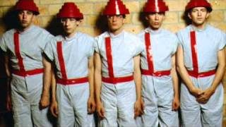Devo  Gates of Steel Muzak