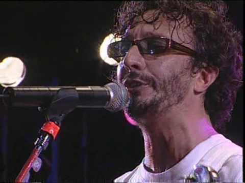 Fito Páez video Cerca de la Revolución - San Pedro Rock II / Argentina 2004