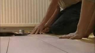 Hoe Laminaat Leggen : Platte plint leggen bij laminaat vloeren. most popular videos