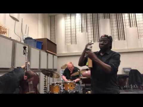 Sam Newsome Trio (Newsome, Smiley & Coulter) online metal music video by SAM NEWSOME