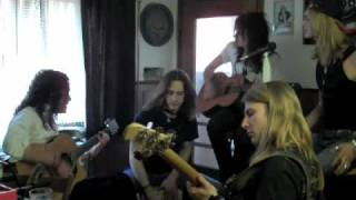 Kissin' Dynamite - Love Me Hate Me - Unplugged