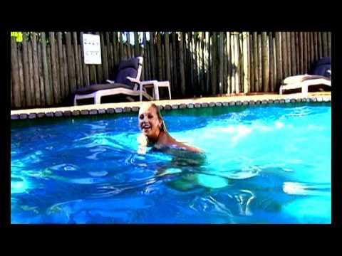 Aquarius Backpackers Byron Bay视频