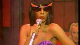 "Donna Summer Special - ""Sunset People"" & ""Bad Girls"""