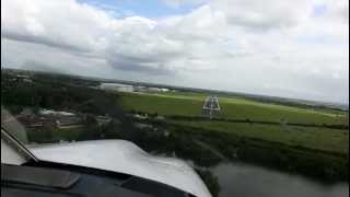 preview picture of video 'Landing at Cambridge Airport'