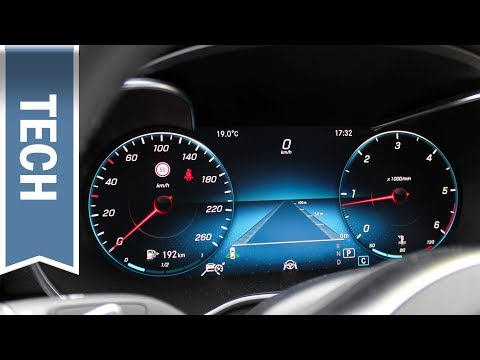 Digitaler Tacho / Volldigitales Instrumenten-Display in der Mercedes-Benz C-Klasse