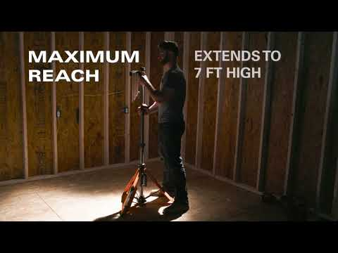 RIDGID Tool Walk Around—Folding Panel Light +Stand