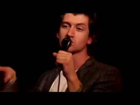 The Last Shadow Puppets - The Dream Synopsis @ Club 69 Studio Brussel