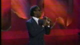 Everything's Gonna Be Alright live - Rev. Al Green