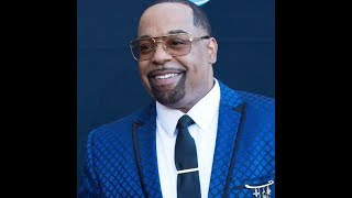 "Kurt Carr ""Bless Somebody Else"" In Studio Exclusive"