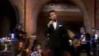 La Vida Pasa (En vivo) - José José (Video)