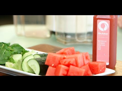 Video Watermelon Cucumber Juice For Energy and Debloating | Healthy Recipes | Fitness How To