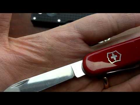 Victorinox Tinker: Simple & Functional Swiss Army Knife