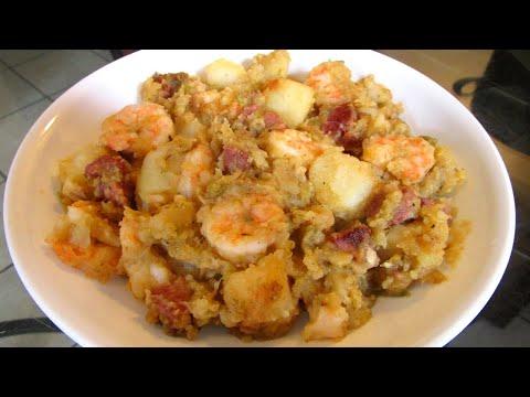 How to make Smothered Potatoes with shrimp and smoked sausage