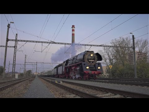 Německá parní lokomotiva 01 0509-8 v čele expresu Praha hl.n. - Chemnitz
