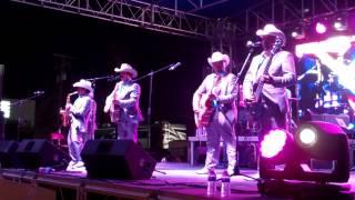 Los Rieleros del Norte en vivo desde Pharr, TX 4/6/2013 - En Las Cantinas -