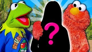 Kermit the Frog Meets Elmo's NEW Girlfriend!