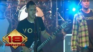 (Live) BONDAN & FADE 2 BLACK - BUNGA @Konser Denpasar Bali 21 September 2013