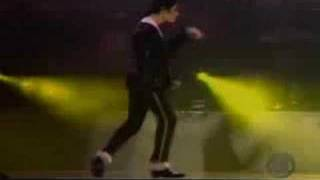 No one moves like Michael Jackson