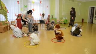 Веселая игра с детьми Утренник 8 Марта в детском саду Младшая группа