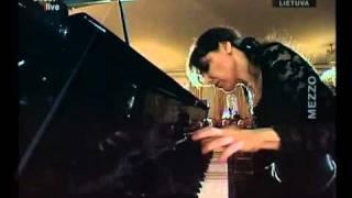 ELISSO BOLKVADZE PLAYS BEETHOVEN SONATA II LIVE ON MEZZO TV
