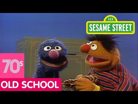 Sesame Street: Ernie's Gadget