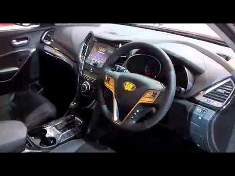 GIIAS 2015: Hyundai Santa Fe Mata Elang Edisi Terbatas Diluncurkan