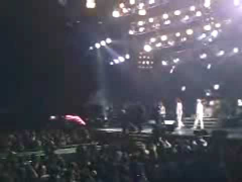 """Queen + Paul Rodgers """"god save the queen"""" Duluth, GA"""