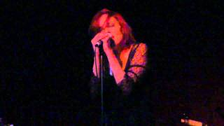 Anna Nalick - Drink Me - Hotel Cafe - 01-12-11 - 5 of 10