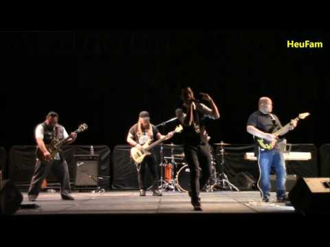Kub Qav Kaws Performed at Sacramento State - HUSA CSUS Culture Show 2017