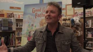 "Chris Tomlin Reveals the Inspiration for ""Worship Night in America"""