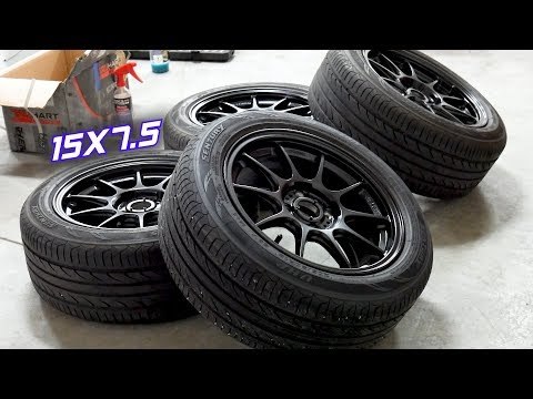Test Fitting the New Wheel & Tire Setup on the Civic