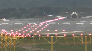 preview picture of video 'Spotting  at Girona Airport (LEGE/GRO): Ryanair Departures & Landings RWY20 [HD]'
