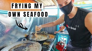 Foreigner Takes Over Local Kitchen - Deep Frying Seafood - Traveling Malaysia Episode 96