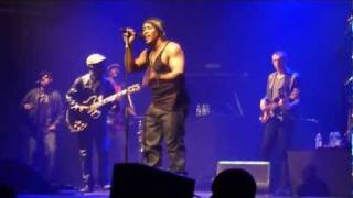 D'Angelo - Devil's Pie / Chicken Grease - Live @ Le Zénith Paris 2012