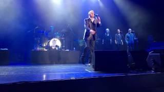 John Farnham - Pressure Down - Jupiters Casino 23/2/17