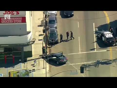 Police: Gunman barricaded in LA Trader Joe's