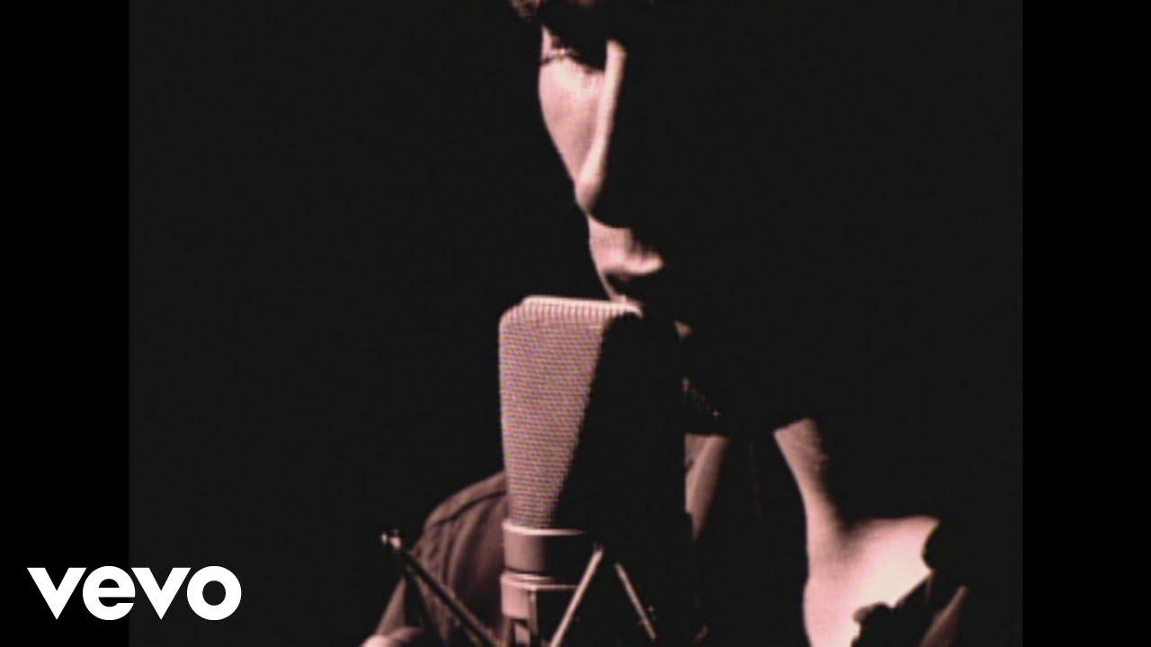 "Jeff Buckley - ""Hallelujah Lyrics"""
