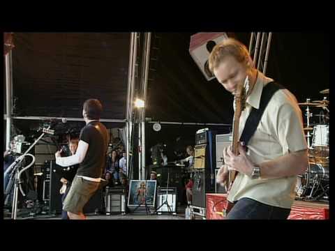 Foo Fighters - Breakout (live)