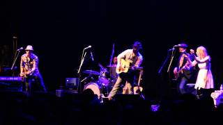 Drew Holcomb & the Neighbors- Tennessee (Live)