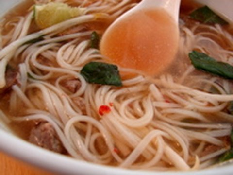 Faux Pho – Spicy Vietnamese Beef Noodle Soup