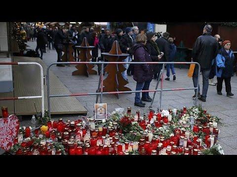 Γερμανία: Ανοιχτή ξανά για το κοινό η χριστουγεννιάτικη αγορά του Βερολίνου