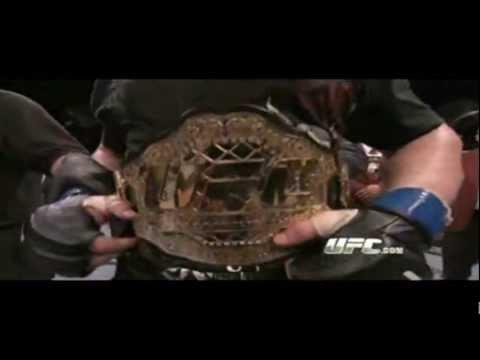Có lẻ ai xem WWE đều biết nhân vật này !!!
