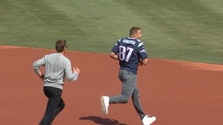 Brady's jersey returned, Gronk steals it