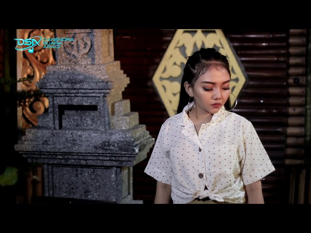 Syahiba Saufa - Rembulan [OFFICIAL]