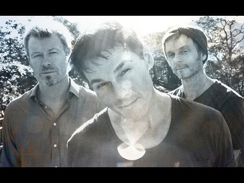 Door Ajar Lyrics – A-ha