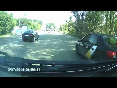 Агрессивная женщина-таксист из Челябинска